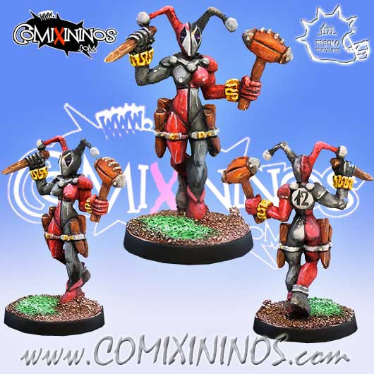 Amazons / Humans - Harlequin Zaara Star Player - Meiko Miniatures