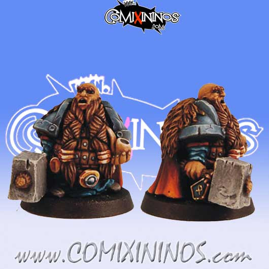 Dwarves - Dwarf With Pipe - Scibor Miniatures