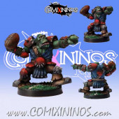 Orcs - Orc Thrower - Willy Miniatures