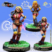 Amazons / Humans - Star Player Blitzer Lilian - Meiko Miniatures