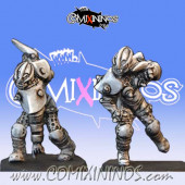 Dark Elves - Set of 2 Female Dark Elf Blitzers – Baueda