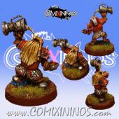Dwarves - Dwarf Champion with Trophy - Fanath Art