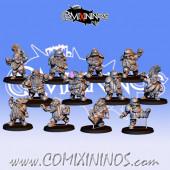 Dwarves - Resin Basic Dwarf Team of 12 Players  - Fanath Art