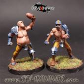 Humans - Set of 2 Fat Bastards Human Catchers - Meiko Miniatures