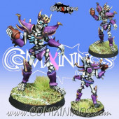 Dark Elves / Egyptian - Itaka Dark Elf Skeleton Star Player - Meiko Miniatures