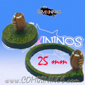 Set of Two 25 mm Football Bases - Meiko Miniatures