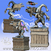 PRE-ORDER - Mickey Camera Goblin nº 2 with Wooden Box - Meiko Miniatures