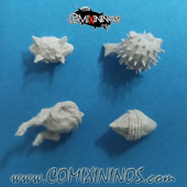 Set of 4 Footballs - Punga Miniatures