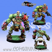 Orcs - Metal Orc Leader Star Player - Willy Miniatures