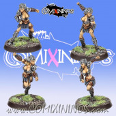 Amazons - Set of 4 Blitzers Amazon Smashers - Fireforge Games