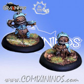 Halflings - Puppet Set of 2 Throwers - Meiko Miniatures