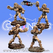 Orcs - Set of 2 Female Orc Throwers nº 1 and nº 2 – Baueda